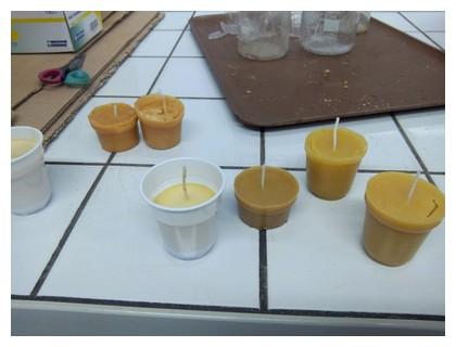 fabrication de bougies la cire d abeille. Black Bedroom Furniture Sets. Home Design Ideas